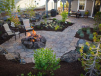 back-yard-patio-and-fire-place-in-river-rim-neighborhood-in-bend-oregon