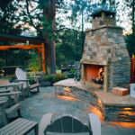 deschutes-river-overlook-outdoor-fireplace-in-bend-oregon
